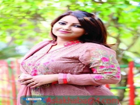 'অভিনয়কে ভালোবেসে এফএম রেডিওর  চাকরি ছাড়লাম'
