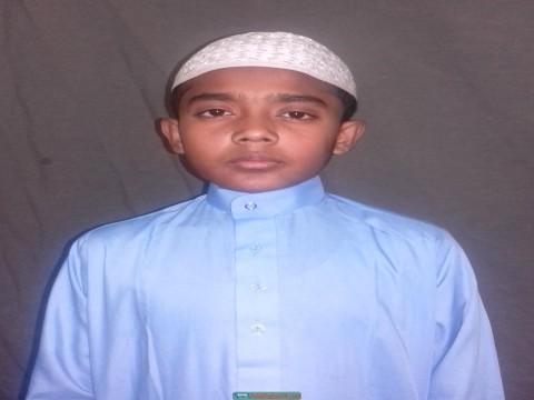 সাড়ে তিন মাসে কোরআনে হাফেজ হলেন ৯ বছরের শিশু দ্বীন মোহাম্মদ
