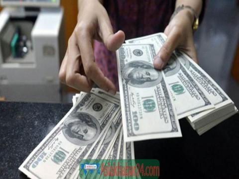 বিদেশ যেতে ঘোষণা ছাড়াই এখন ১০ হাজার ডলার নেওয়া যাবে