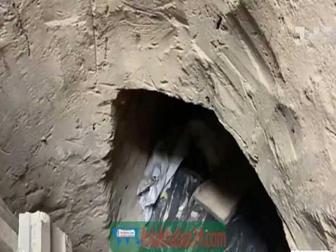 কারাগার থেকে সন্তানকে মুক্ত করতে ৩৫ ফুট টানেল খুঁড়লেন মা