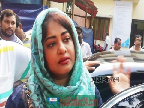 শিল্পী সমিতিতে 'অপমানিত' মৌসুমী
